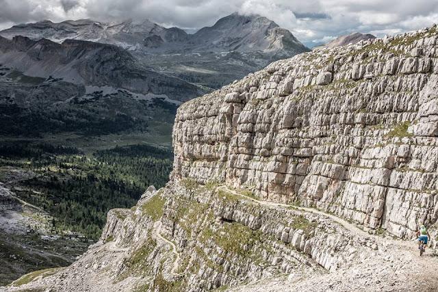 Singletrail MTB - St. Vigil Monte Vallon Bianco 2684 m.ü.A  Mountainbike Tour San Vigilio