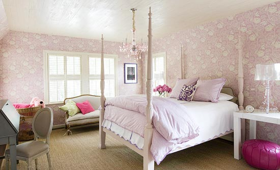 Feminine French Country girls bedroom by Eleanor Cummings