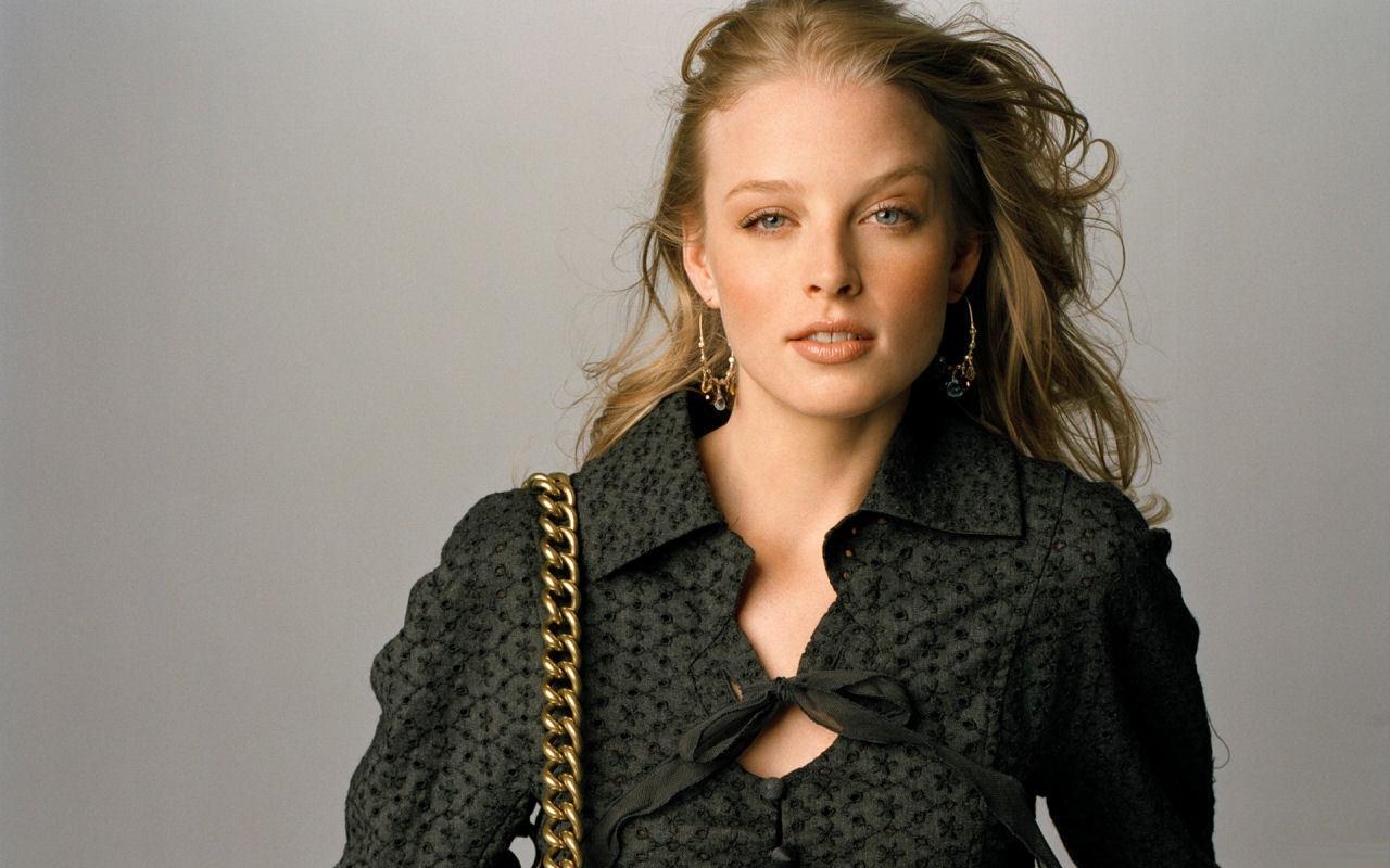 Rachel Nichols hot hd wallpapers — Entertainment Exclusive ...