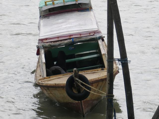 Perahu di Pelabuhan Sri Bintan Pura Asli