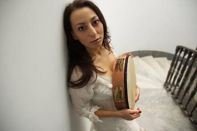 Hier is Eleonora Bordonaro