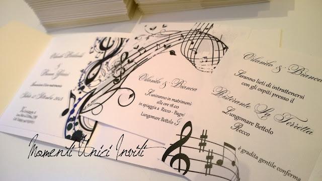 music Il mod. Music di Bianca e OrlandoColore Bianco Colore Nero Partecipazioni Pocket Tema Musica