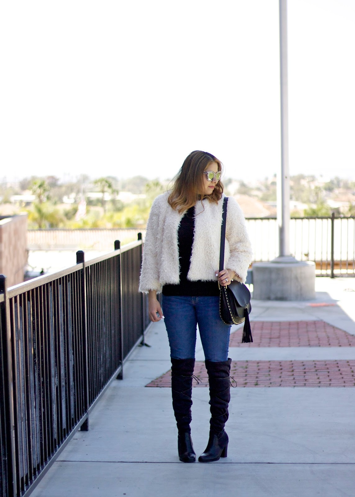 affordable jeans, old navy jeans, chic affordable outfit, affordable and cute outfit, san diego style