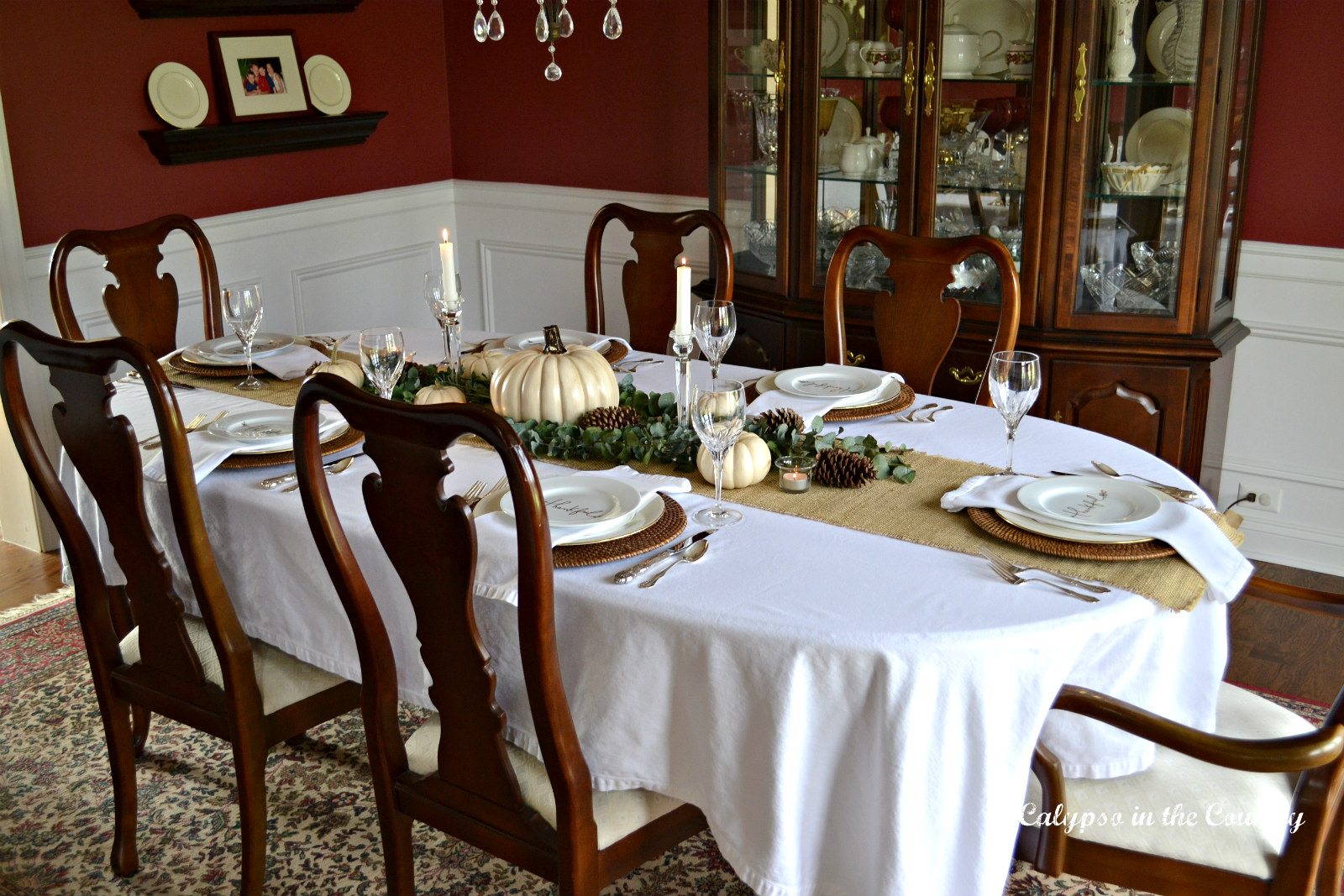 How to do Thanksgiving in a Red Dining Room