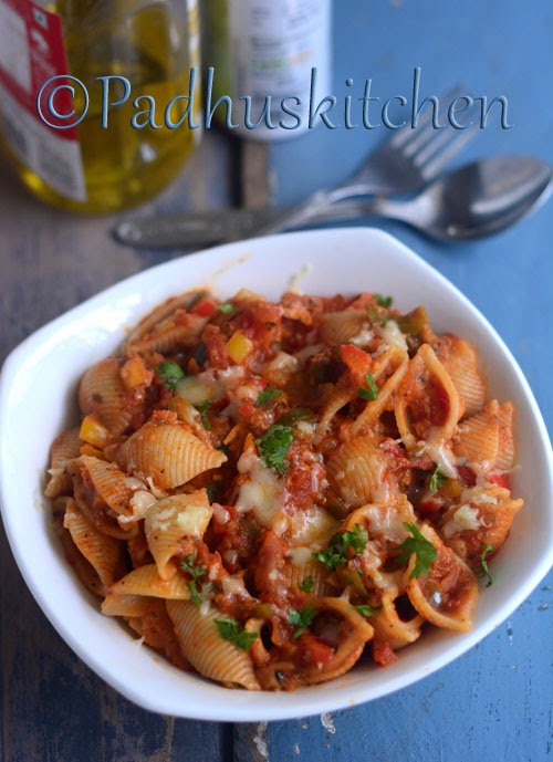 Conchiglie Pasta with Tomato Sauce and Bell Pepper-Pasta with tomato sauce
