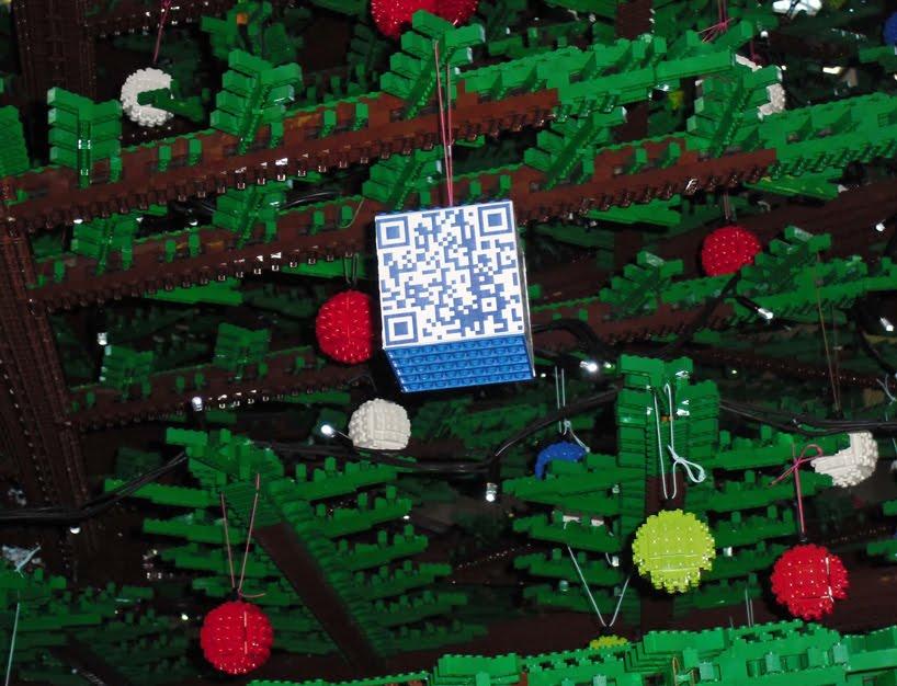 World S Tallest Lego Christmas Tree In London Damn Cool