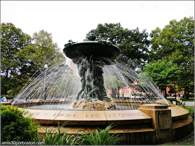 Bajnotti Fountain en Providence