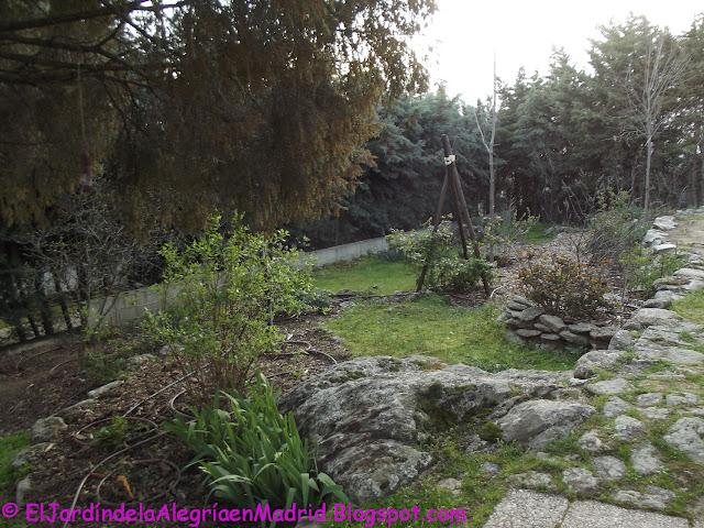 El jard n de la alegr a c mo hacer un soporte r stico for Jardin de invierno sa