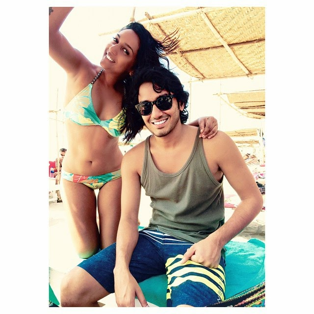 ok so this brats in town @sharvilsalve .. bros back 😘😘 go a , brother , fam jam , brat , love , happiness , my cr a z i.e. ,, Shweta Salve Bikini Body Pics from Goa Beach