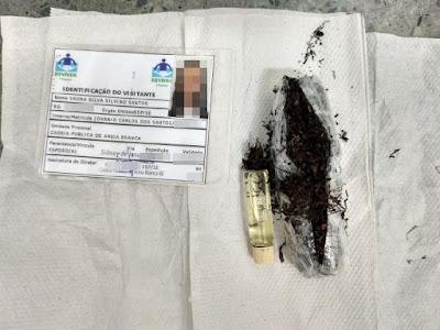 Mulheres são presas com drogas e documentos falsos em unidades prisionais