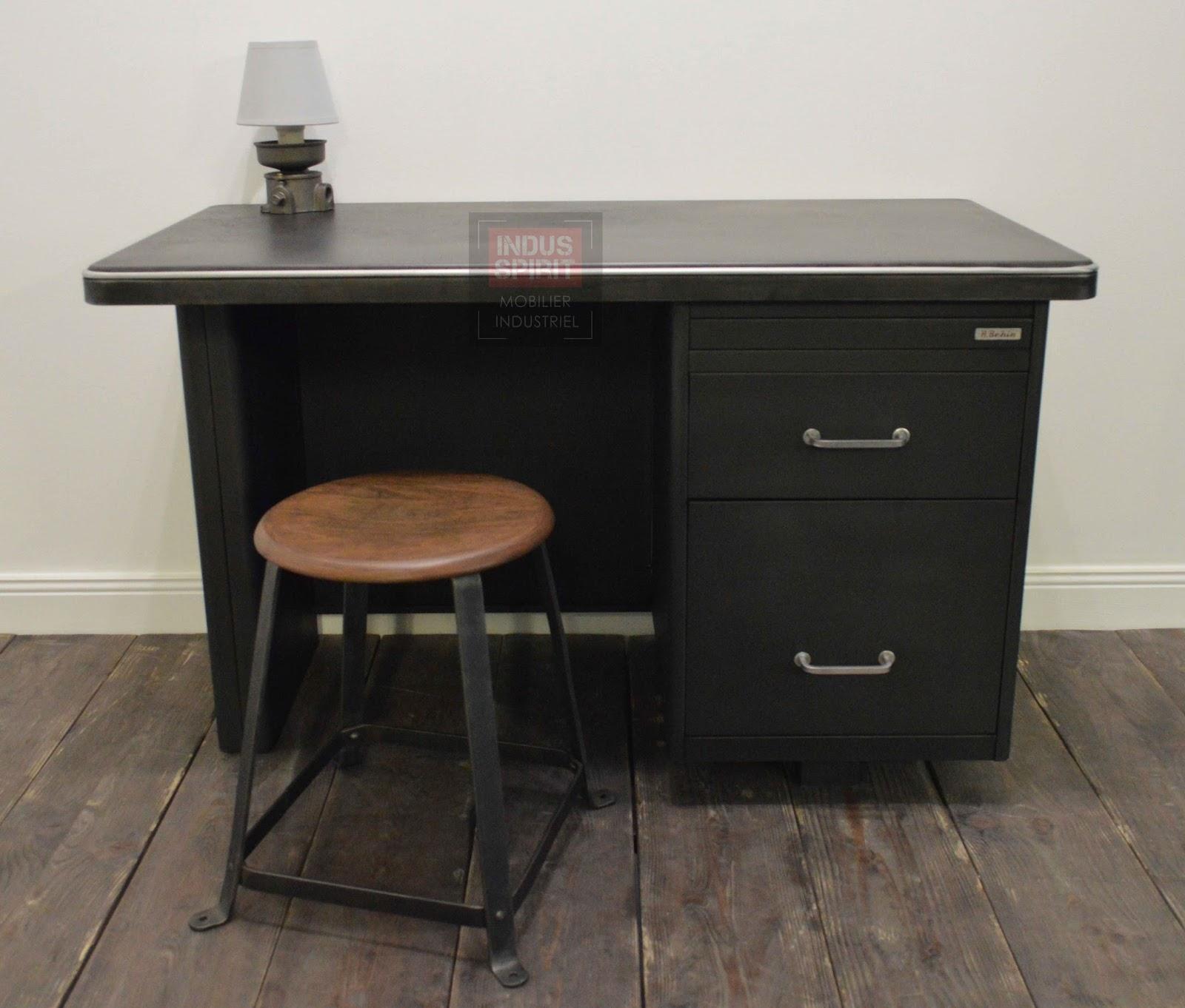 bureau industriel behin. Black Bedroom Furniture Sets. Home Design Ideas