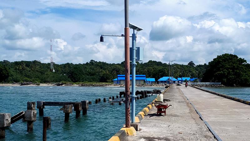 Instalasi di Pelabuhan Malakoni, Enggano, Sumatera Selatan