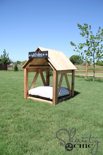 4 Diy Dog Houses With Shade Porches Free Plans Handy Homemade