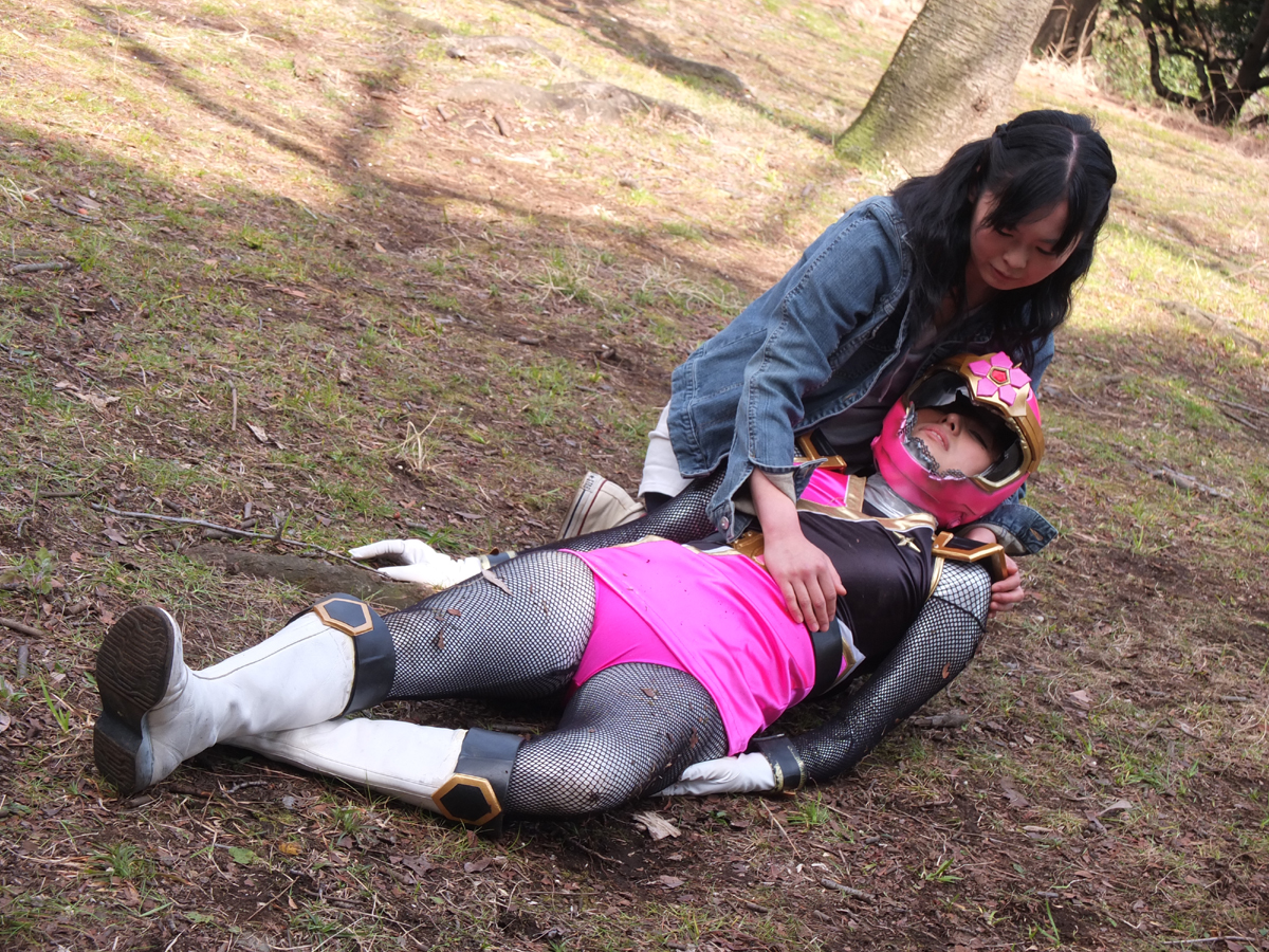 Japanese pink power ranger in trouble Part 4