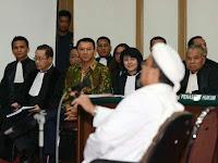 Telak! Habib Rizieq Bawa Dua Bukti Baru ke Hakim, Tak Terbantah