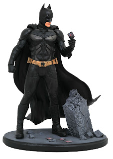 Diamond Select DC MOVIE GALLERY DARK KNIGHT BATMAN PVC DIORAMA 001