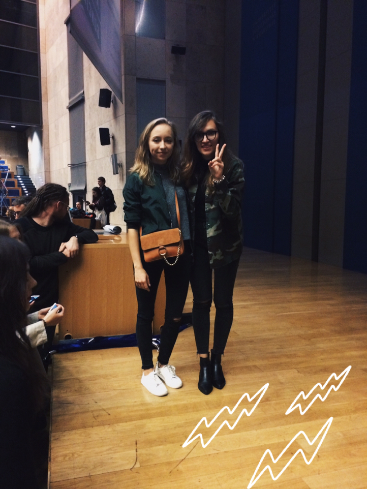 http://www.zaful.com/solid-color-stand-collar-long-sleeve-zipper-jacket-p_143960.html?lkid=20258â