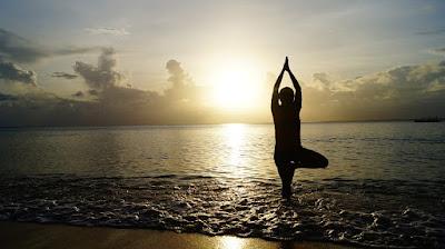 surya namaskar - hips kam karne ka yoga aur exercise
