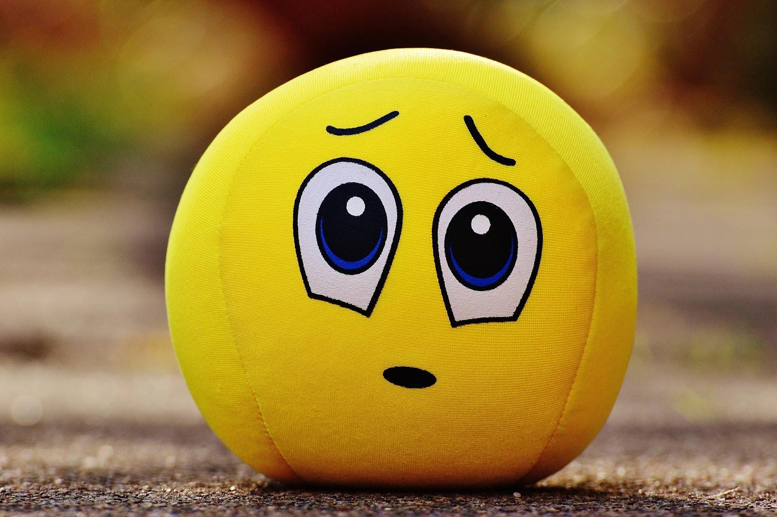 20+ Sad Emoji HD Wallpapers Free Download - Free HD Wallpapers