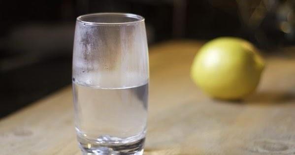 Diet Sehat Dengan Rutin Minum Air Putih Hangat