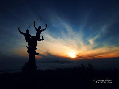 sunrise puncak b29