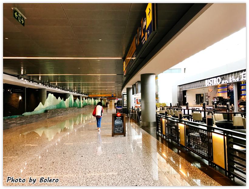 【加拿大洛磯山脈1-1】加拿大航空初體驗:臺北(TPE)─卡加利(YYC) .成田機場轉機 | 波麗露的地球凹洞