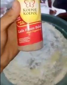 Cara Membuat Campuran Bumbu Ayam Kentucky Renyah Dan Kriuk