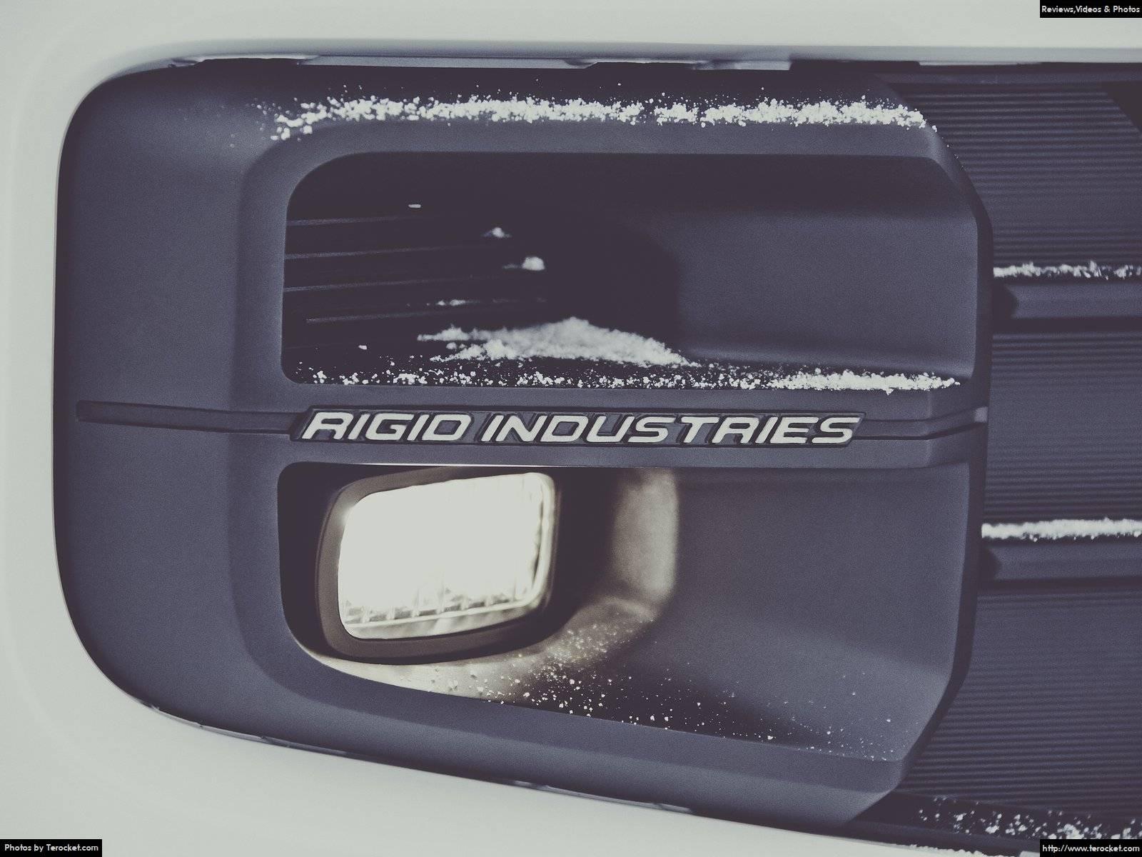 Hình ảnh xe ô tô Toyota Tacoma TRD Pro 2017 & nội ngoại thất