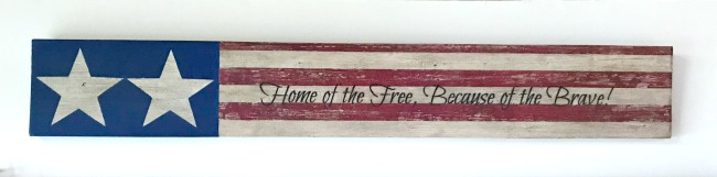 DIY Rustic Fourth of July Sign Land of the Free