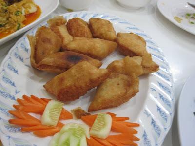 Bangkok, Phaiboon Seafood, fried prawn spring rolls