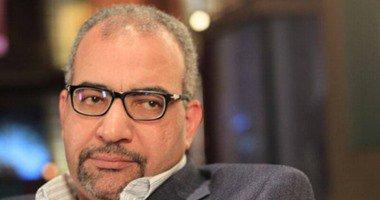 نقل الفنان بيومي فؤاد للمستشفى في حالة حرجة