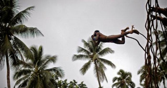 Ritual Nagol Paling Mengerikan dari Vanuatu