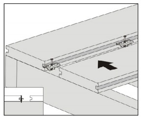 gambar pemasangan papan kayu komposit - 4