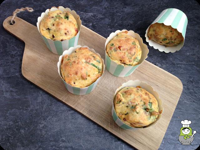 receta de muffins salados de espinacas y queso cheddar
