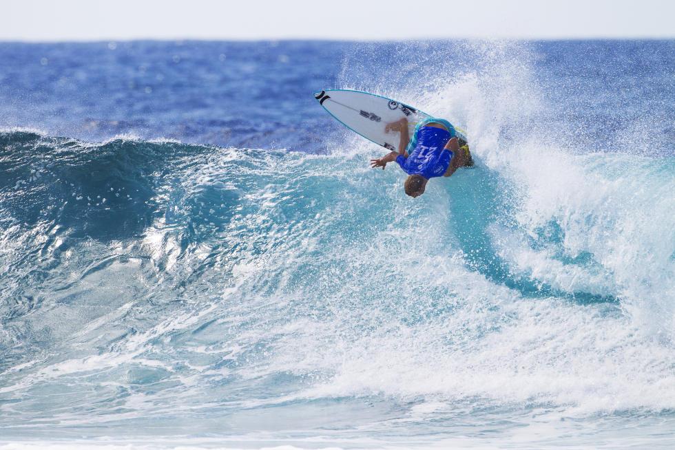 13 Adrian Buchan 2016 Quiksilver Pro Gold Coast foto WSL Kirstin Scholtz