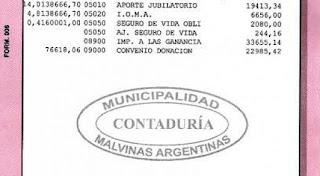 El intendente de Malvinas Argentinas criticó a la prensa local por dar a conocer datos erróneos respecto al dinero que percibe mensualmente, aclarando que el valor neto recibido ronda los 50 mil pesos.