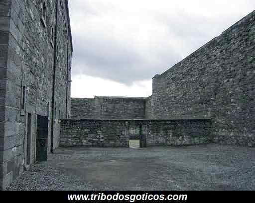 prisão de pedras moro alto antiga