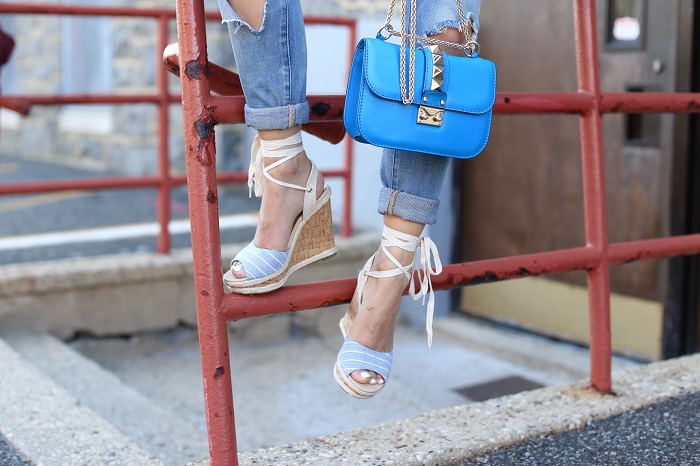 Chicwish Wine Floret Top with Flare Sleeves, blank denim distressed jeans, sole soceity sandals, valentino lock bag, komono sunglasses, baublebar earrings, nyc street style, spring outfit ideas