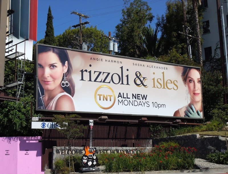 Rizzoli  Isles season 2 billboard