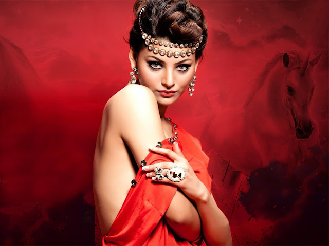 Indian Model Urvashi Rautela Latest Hot HD Wallpaper