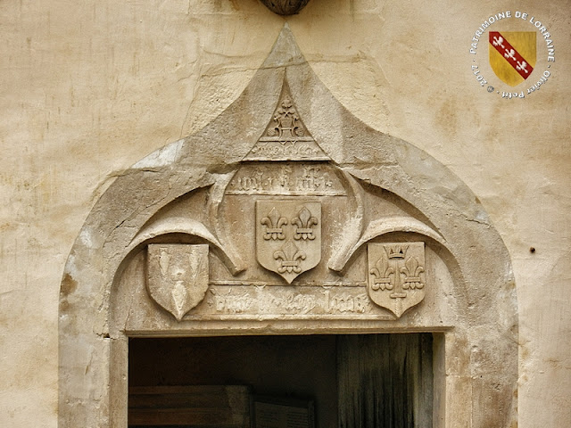 DOMREMY-LA-PUCELLE (88) - Maison natale de Jeanne d'Arc (XVe siècle)