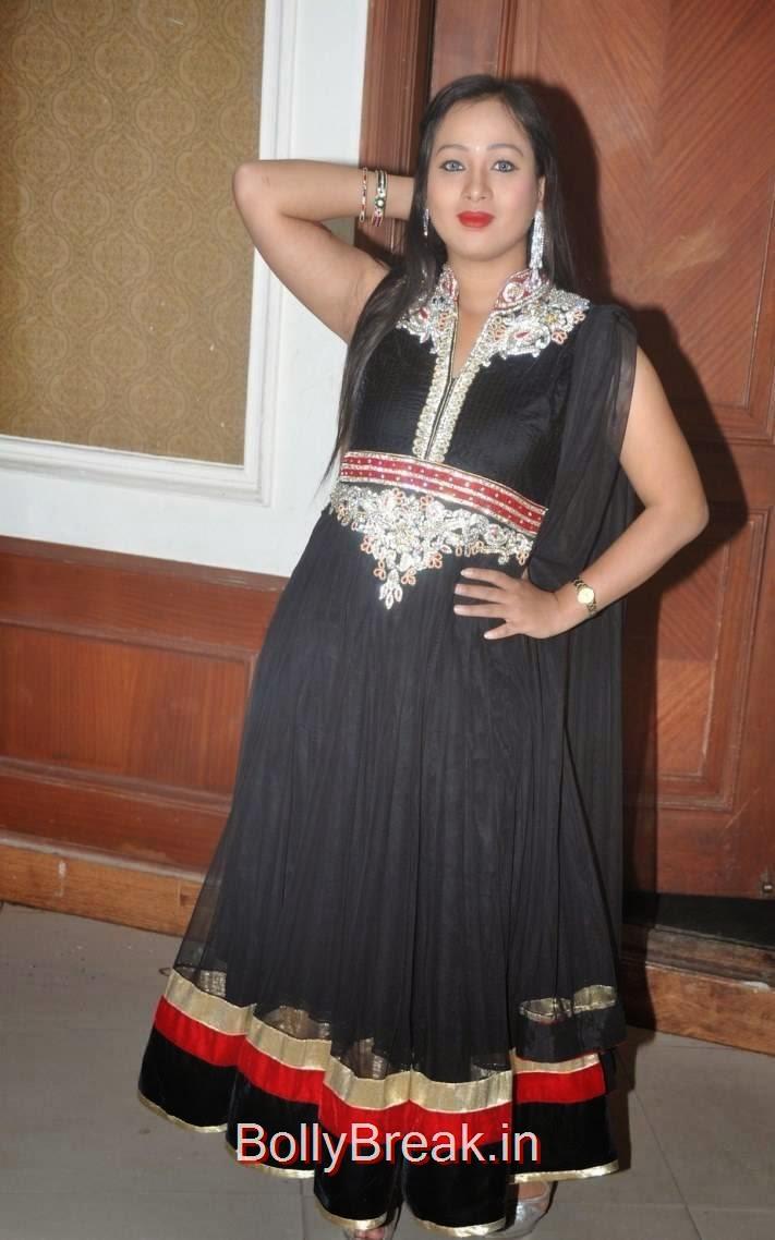 Sneha Photos, Actress Sneha Hot pics In Black Shalwar Kameez