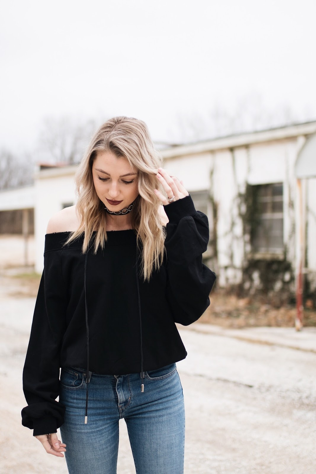 cute black sweatshirt / dressed up sweatshirt