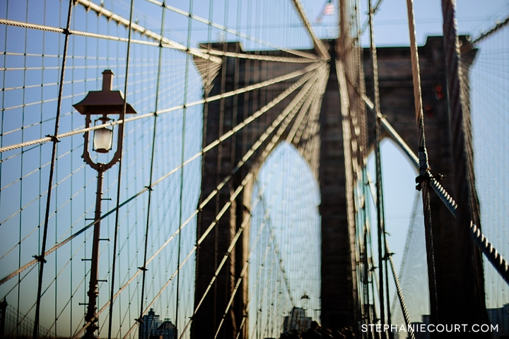 lamp post on the Brooklyn Bridge