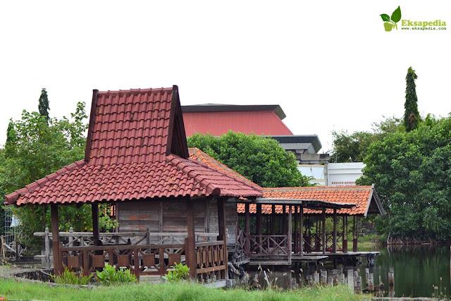 Rumah Apung Puri Maerokoco | Semarang