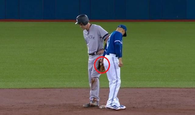 Ryan Goins fools Todd Frazier with hidden ball trick