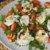 Salada Caprese - rápida, saudável e deliciosa!