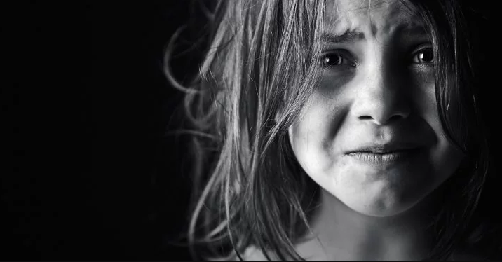 8 Things You Should Never Say When Talking To Children, Psychologists Warn!