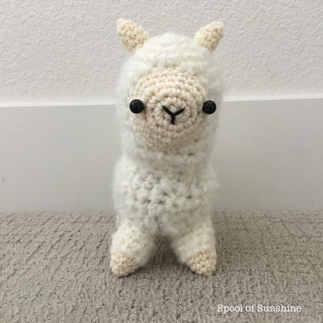 Spool of Sunshine: Amigurumi Llama Pattern