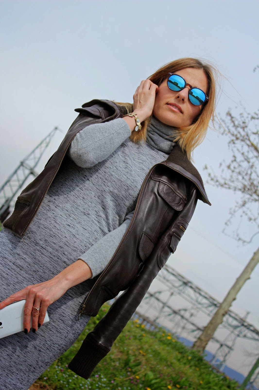 Eniwhere Fashion - Gray dress and leather jacket